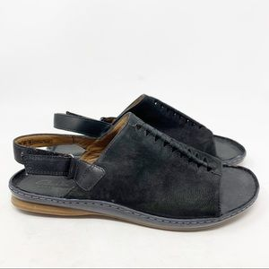 Pick A Size Clarks Artisan Women/'s Sarla Forte Peep Toe Flat Sandals Black